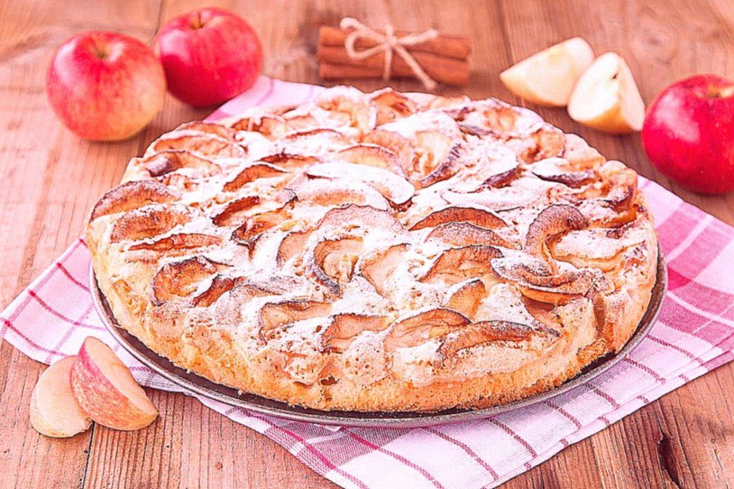 как испечь шарлотку с яблоками в духовке рецепт простой